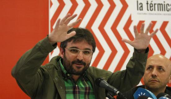 Jordi Évole junto a Luis Alegre.// Fuente de la fotografía: laopiniondemalaga.es