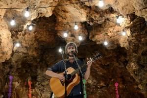 Xoel López durante la presentación del primer avance del Ojeando Festival. // Fotografía promocional.