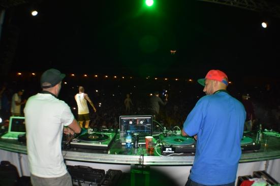 'No DJ, No Party'. Imagen: Moledirco.