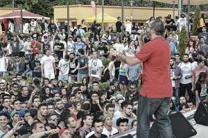 Juaninacka dio rienda suelta a 'Luces de Neón'. Imagen: Moledirco.